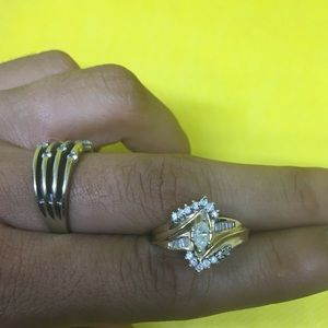 14 k gold ring with diamonds